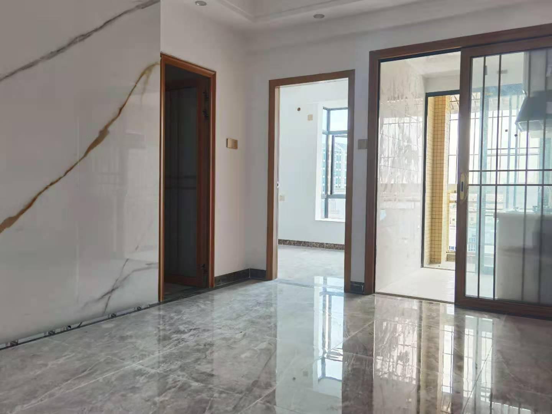 長安沙頭精裝修《鑫龍府邸》戶型多樣樓下停車場,市場100米生活便利